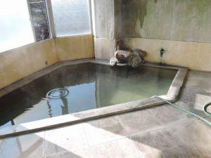 星沼山荘のお湯、驚愕のヌルヌル感!