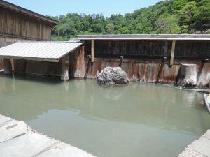 奥山旅館の露天風呂