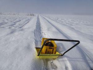 雪の上を運ぶ!